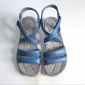 Clarks Blue Leather Cloud Strappy Sandals Size 9